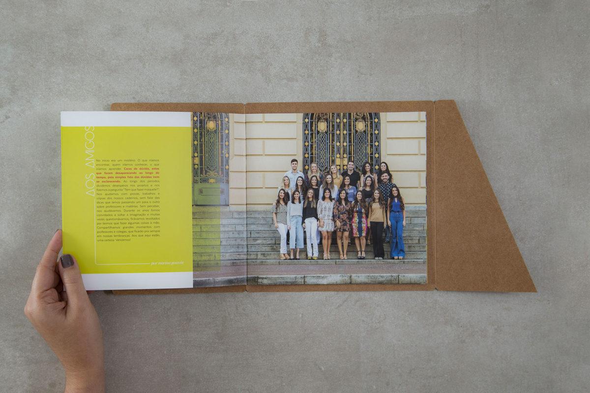 Convite de formatura criativo para turma de Arquitetura FUMEC